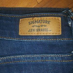 Levi's Jeans - Levi Signature Cropped Jeans